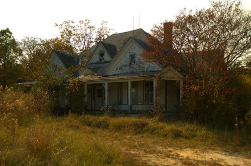 Tignall GA Wilkes County Folk Victorian Home Abandonment Photograph Copyright Brian Brown Vanishing North Georgia USA 2014