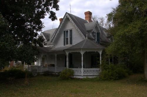Jewell GA Warren County Gothic Revival House Photograph Copyright Brian Brown Vanishing North Georgia USA 2014