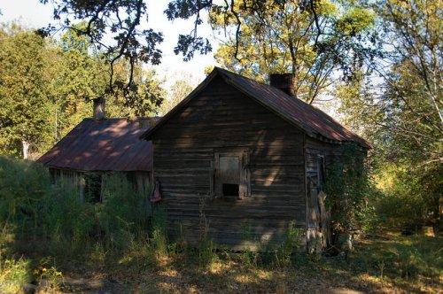 Siloam GA Greene County Pioneer Farmhouse Photograph Copyright Brian Brown Vanishing North Georgia USA 2014