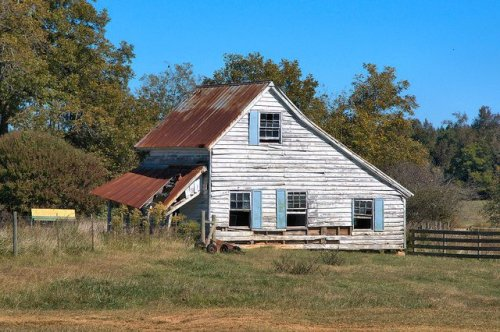 Greene County GA Historic Pioneer Farmhouse Cracker Saltbox Architecture Photograph Copyright Brian Brown Vanishing North Georgia USA 2015