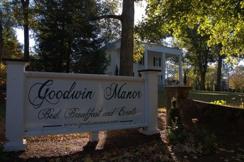 Greensboro GA Goodwin Manor Photograph Copyright Brian Brown Vanishing North Georgia USA 2014