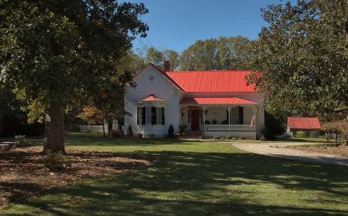 Maxeys GA Oglethorpe County Folk Victorian House Photograph Copyright Brian Brown Vanishing Noth Georgia USA 2015