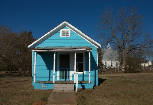 Blue Shotgun House Monticello GA Copyright Brian Brown Vanishing North Georgia USA 2015