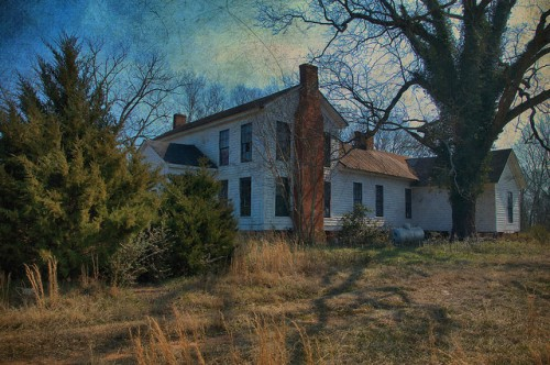 Jasper County 19th Century Farmhouse Photograph Copyright Brian Brown Vanishing North Georgia USA 2015