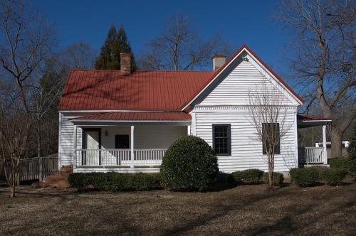 Monticello GA Jasper County Folk Victorian House Photograph Copyright Brian Brown Vanishing North Georgia USA 2015