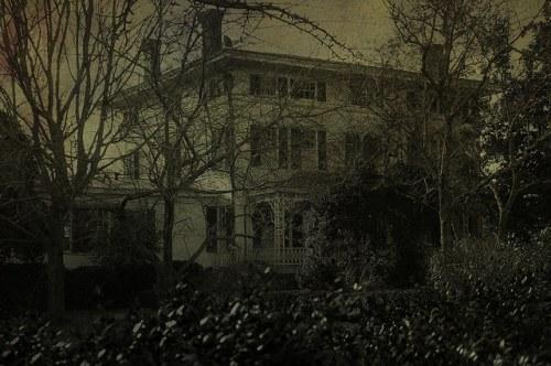 Historic Madison GA Boxwood House Photograph Copyright Brian Brown Vanishing North Georgia USA 2015
