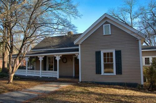 Historic Madison GA Folk Victorian Photograph Copyright Brian Brown Vanishing North Georgia USA 2015