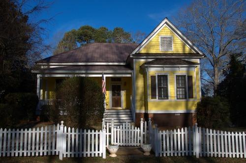 Historic Madison GA Yellow Folk Victorian House Photograph Copyright Brian Brown Vanishing North Georgia USA 2015