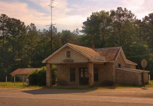 Madison County GA Country Store Georgia Granite Siding Photogrpah Copyright Brian Brown Vanishing North Georgia USA 2015