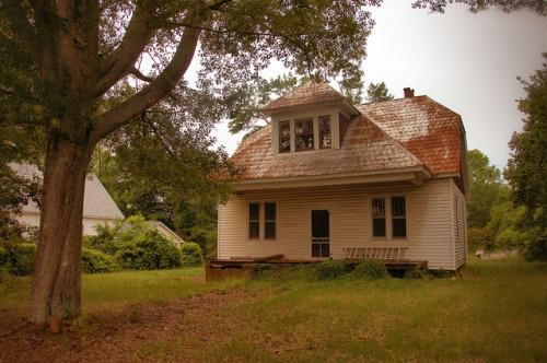 Canon GA Franklin County Colonial Revival House Photograph Copyright Brian Brown Vanishing North Georgia USA 2015
