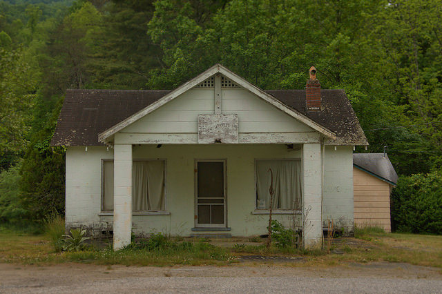 Towns County GA Roadside Tourist Court Office Photograph Copyright Brian Brown Vanishing North Georgia USA 2015