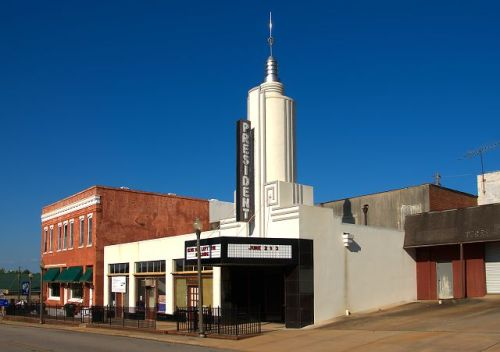 historic president theatre manchester ga photograph copyright brian brown vanishing south georgia usa 2016