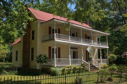luthersville ga plantation plain house photograph copyright brian brown vanishing north georgia usa 2016