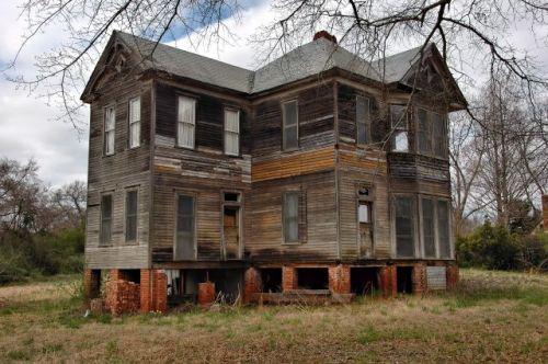 shiloh ga queen anne house photograph copyright brian brown vanishing north georgia usa 2016