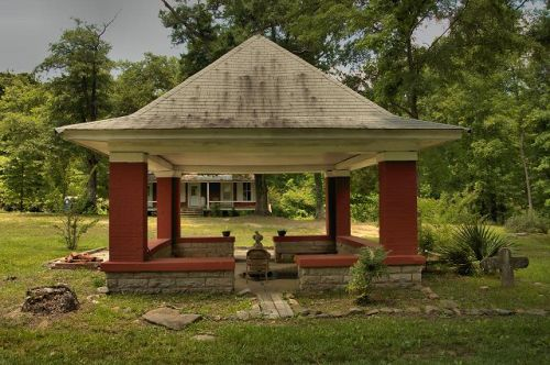 white sulphur springs well house meriwether county ga photograph copyright brian brown vanishing north georgia usa 2016