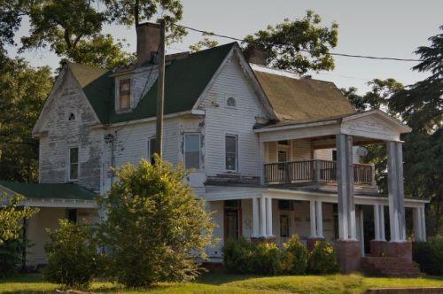 woodbury ga modified queen anne house photogrpah copyright brian brown vanishing north georgia usa 2016