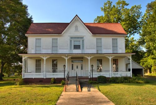 woodbury ga queen anne house photograph copyright brian brown vanishing north georgia usa 2016