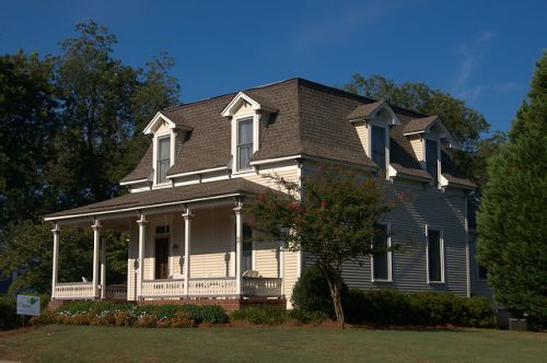 barnesville-ga-second-empire-mansard-style-house-photograph-copyright-brian-brown-vanishing-north-georgia-usa-2016-b