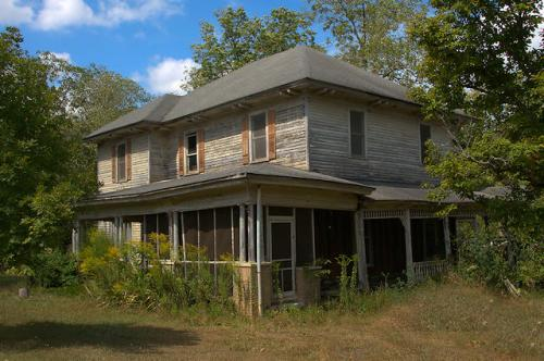 concord-ga-abandoned-house-photograph-copyright-brian-brown-vanishing-north-georgia-usa-2016