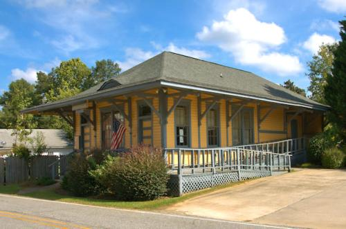 meansville-ga-atlanta-florida-railroad-depot-photograph-copyright-brian-brown-vanishing-north-georgia-usa-2016