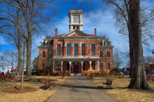 walton-county-courthouse-monroe-ga-photograph-copyright-brian-brown-vanishing-north-georgia-usa-2016