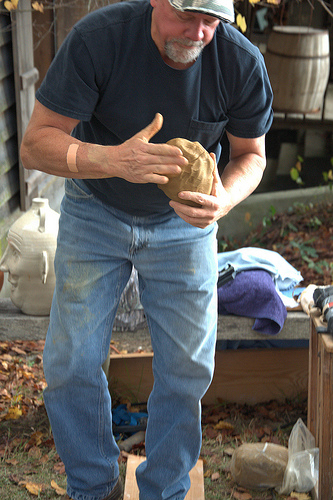 allan-gee-readying-clay-for-pottery-kiln-photograph-copyright-brian-brown-vanishing-north-georgia-usa-2017
