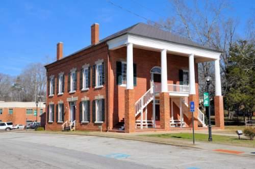 banks-county-courthouse-homer-ga-photograph-copyright-brian-brown-vanishing-north-georgia-usa-2017