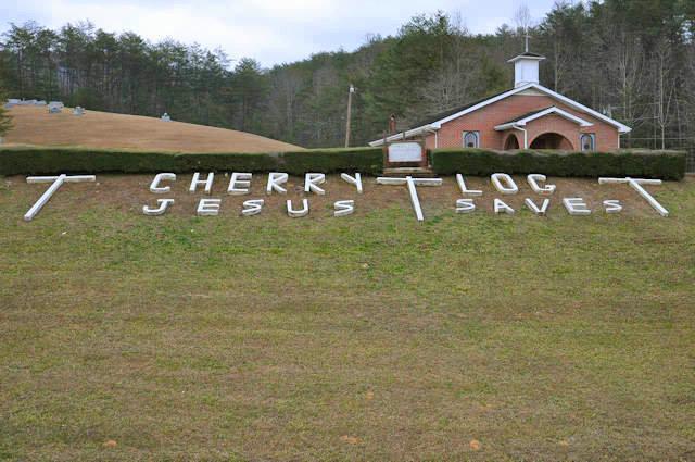 cherry-log-ga-baptist-church-jesus-saves-sign-photograph-copyright-brian-brown-vanishing-north-georgia-usa-2017