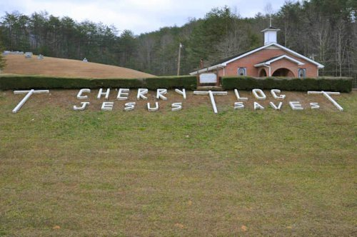 cherry-log-ga-baptist-church-jesus-saves-sign-photograph-copyright-brian-brown-vanishing-north-georgia-usa-2017