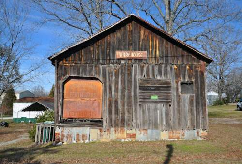 clermont-ga-old-warehouse-photograph-copyright-brian-brown-vanishing-north-georgia-usa-2017