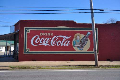 commerce-ga-restored-coca-cola-mural-photograph-copyright-brian-brown-vanishing-north-georgia-usa-2017