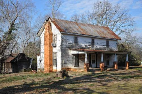 gillsville-ga-plantation-plain-farmhouse-photograph-copyright-brian-brown-vanishing-north-georgia-usa-2017