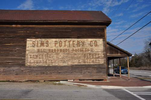 gillsville-ga-sims-pottery-sign-photograph-copyright-brian-brown-vanishing-north-georgia-usa-2017