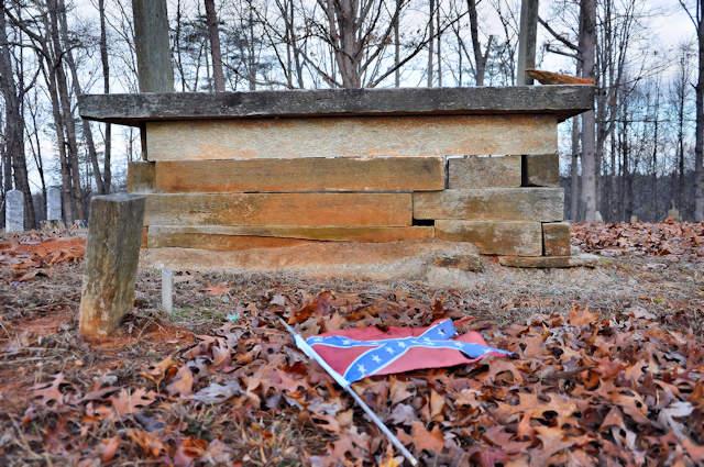 historic-mount-gilead-baptist-church-cemetery-lumpkin-county-ga-soapstone-tomb-confederate-veteran-photograph-copyright-brian-brown-vanishing-north-georgia-usa-2017