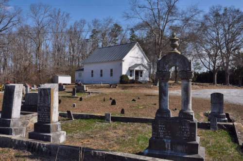 historic-wilsons-chapel-united-methodist-church-jackson-county-ga-graveyard-photograph-copyright-brian-brown-vanishing-north-georgia-usa-2017