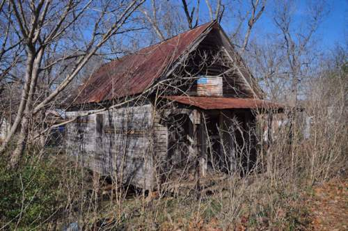 lula-ga-shotgun-house-photograph-copyright-brian-brown-vanishing-north-georgia-usa-2017