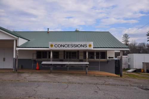 madison-county-fair-ground-comer-ga-concessions-photograph-copyright-brian-brown-vanishing-north-georgia-usa-2017