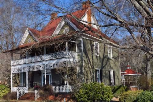 maysville-ga-historic-hale-house-photograph-copyright-brian-brown-vanishing-north-georgia-usa-2017