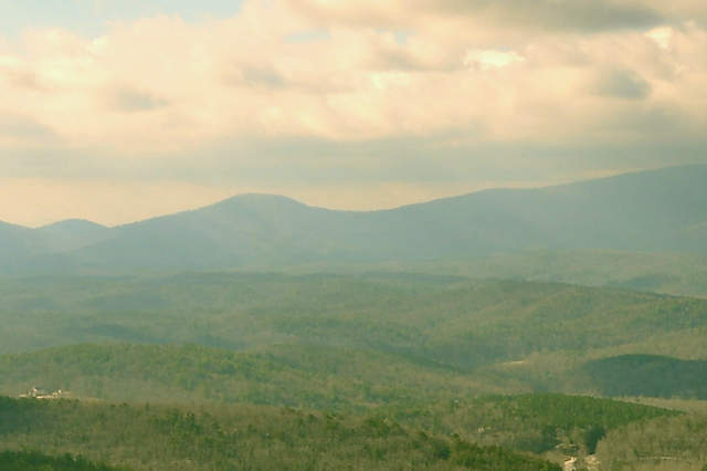 view-from-top-of-amicalola-falls-photograph-copyright-brian-brown-vanishing-north-georgia-usa-2017
