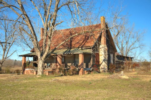warren-county-ga-central-hallway-farmhouse-photograph-copyright-brian-brown-vanishing-north-georgia-usa-2017