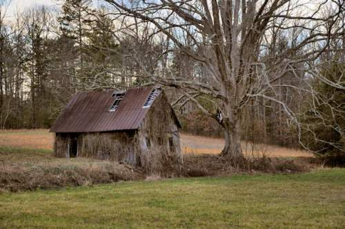 wilscot-ga-vernacular-farmhouse-photograph-copyright-brian-brown-vanishing-north-georgia-usa-2017