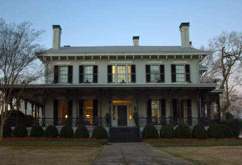 athens-ga-dr-james-e-hamilton-house-photograph-copyright-brian-brown-vanishing-north-georgia-usa-2017