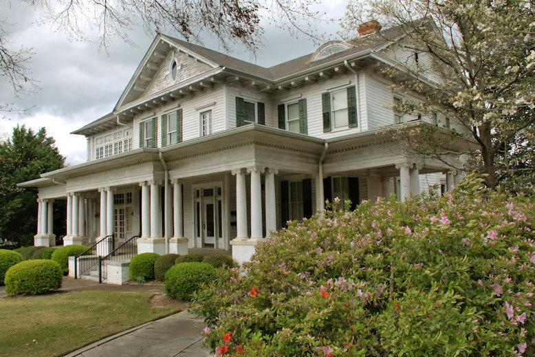 Colonial Revival House Forsyth Vanishing North Georgia